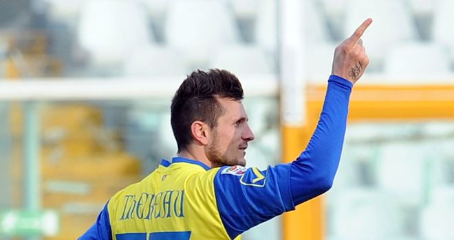 Cyeil Thereau celebrates his goal for Chievo