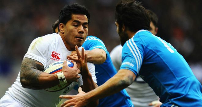 Italy's Luke McLean steels himself to tackle Manu Tuilagi