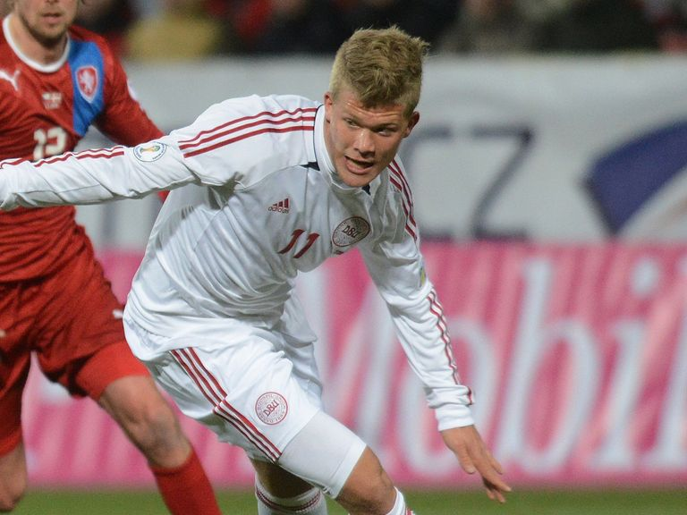 Andreas Cornelius: Cardiff move confirmed