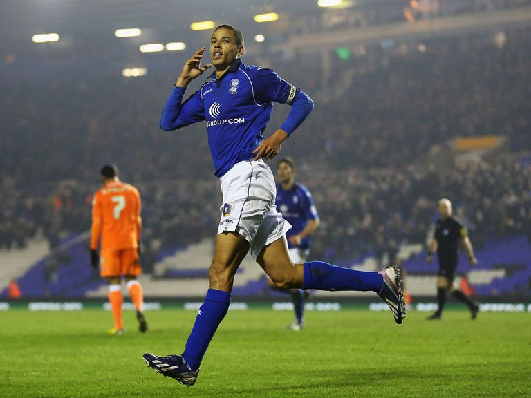 Curtis Davies: Birmingham defender close to joining Hull