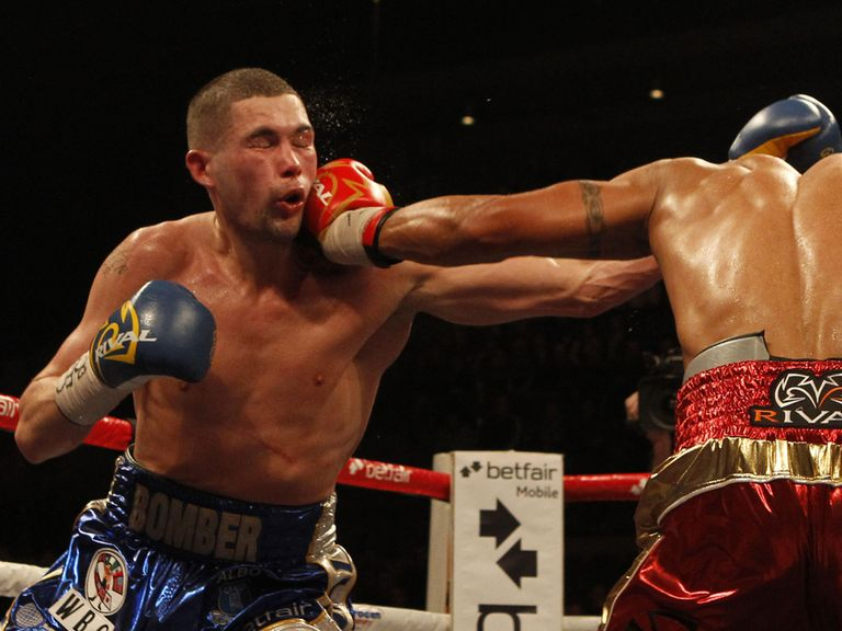 Tony Bellew goes on the attack against Chilemba