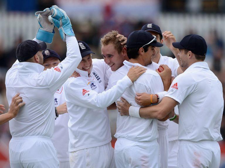 Stuart Broad and England celebrate.
