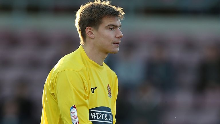 Chris Lewington: Free agent after leaving Dagenham