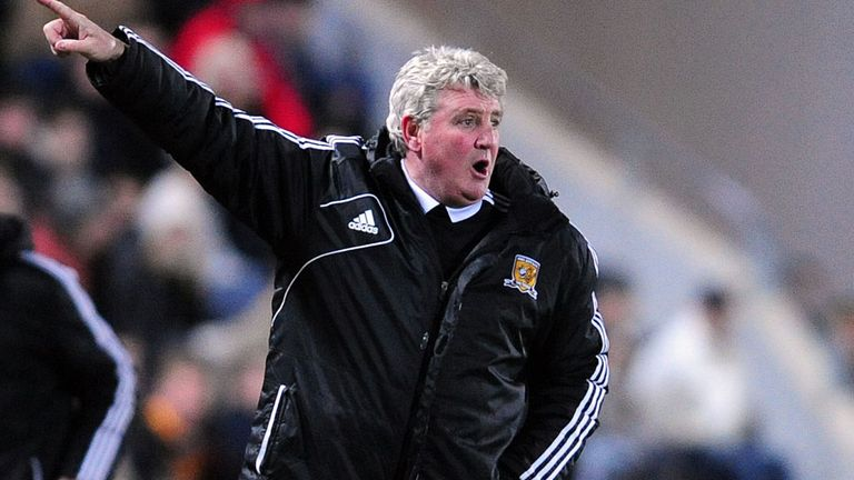 Steve Bruce: His Hull City team remain in the driving seat for automatic promotion