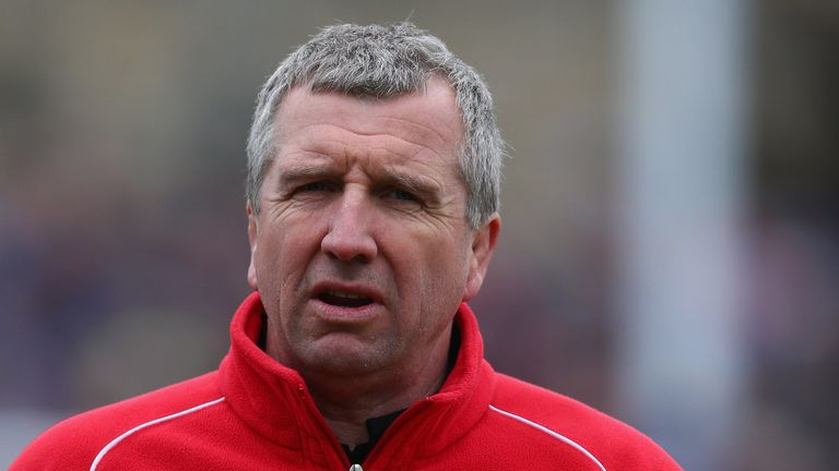 Lyn Jones: Wants to see London Welsh bounce straight back
