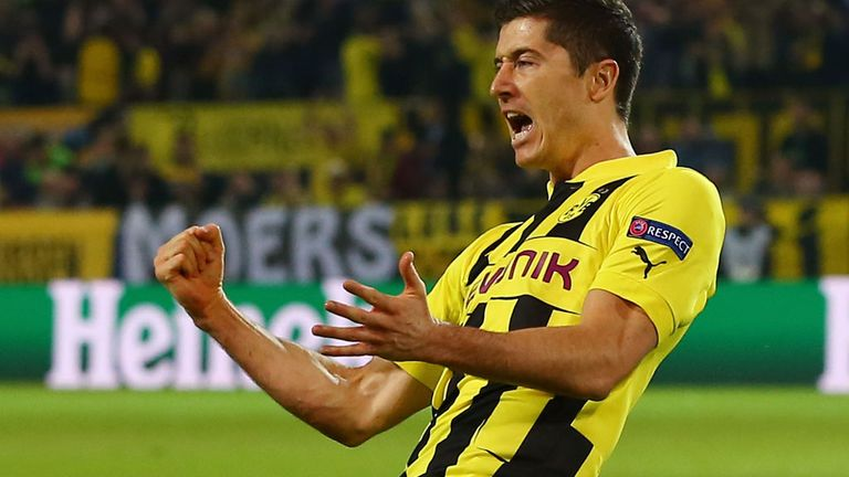 Robert Lewandowski: Question marks over future of Borussia Dortmund hero