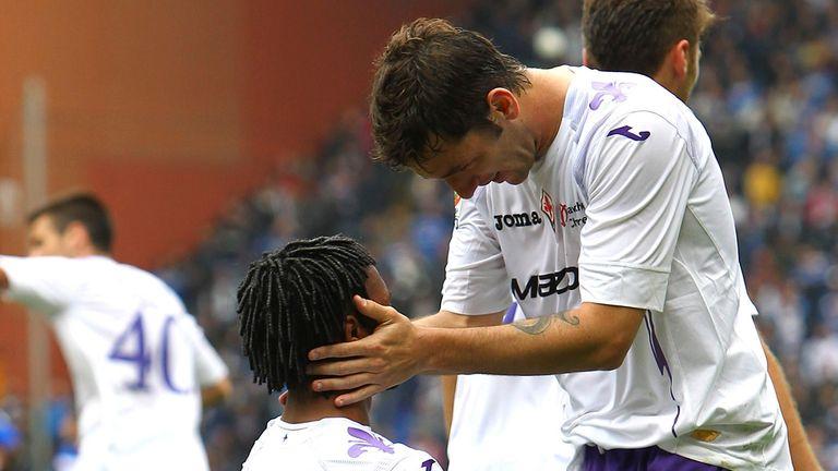 Juan Cuadrado celebrates his goal with Gonzalo Rodriguez
