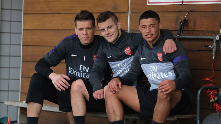 Jack Wilshere (centre) with Alex Oxlade-Chamberlain (right)
