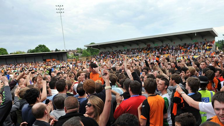 Barnet returned to the Football League as Conference champions in the 2004/05 season