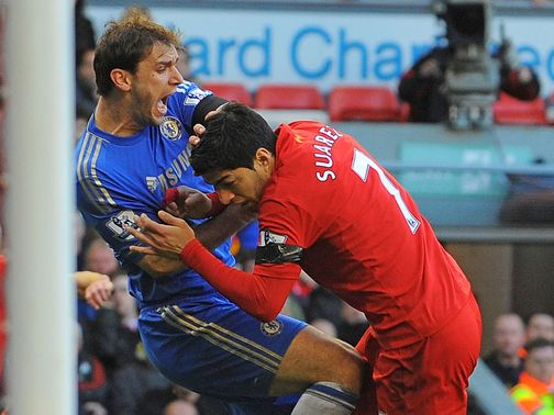 http://e2.365dm.com/13/04/504x378/Branislav-Ivanovic-Luis-Suarez-bite-Liverpool_2933818.jpg?20130423114604