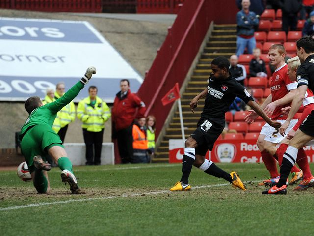 Bradley Pritchard slots home for Charlton