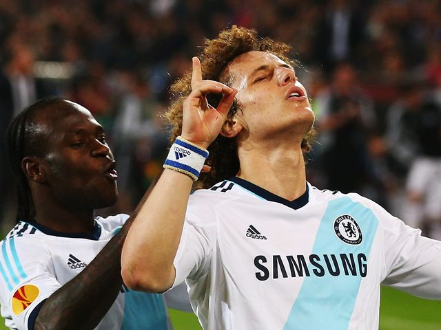 Luiz celebrates his last-gasp winner
