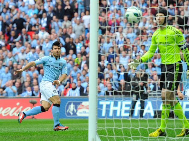 Sergio Aguero's header doubled Man City's lead at Wembley