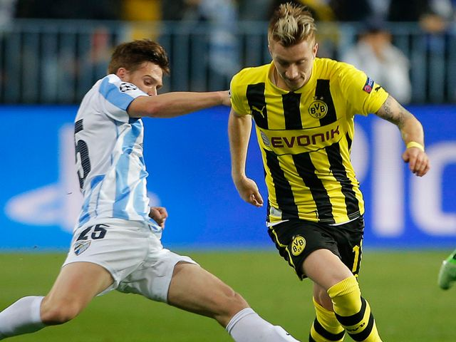 Antunes slides in on Marco Reus