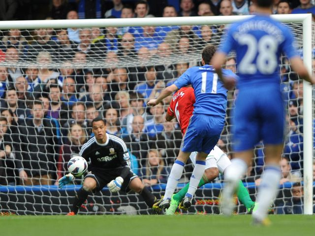 Oscar finds the net for Chelsea