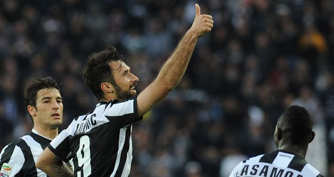 Mirko Vucinic bagged a double as Juve won