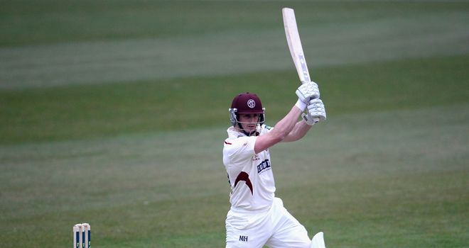 Craig Kieswetter: Somerset wicketkeeper faces up to six weeks on the sidelines