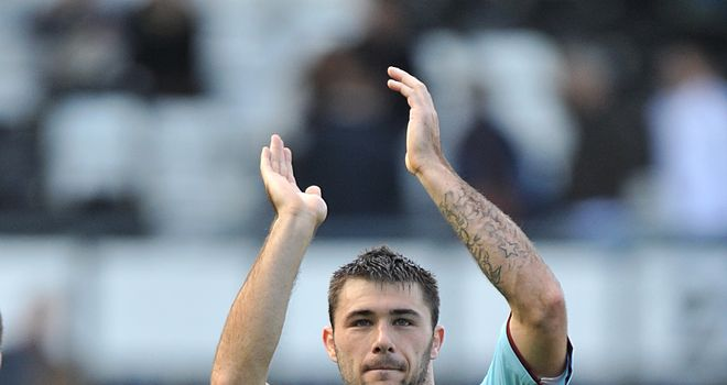 Football-derby-county-v-burnley-pride-park-charlie-austin_2930943