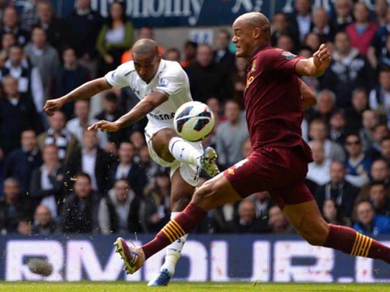 Jermain Defoe: Tottenham striker wants club to have more options up front