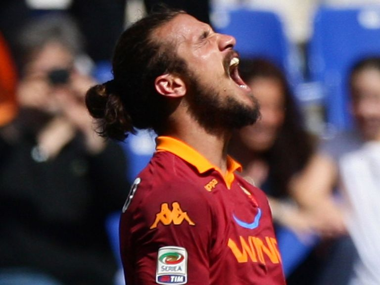 Pablo Daniel Osvaldo: In talks about a move away from Roma