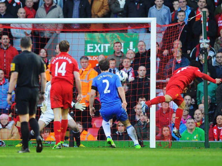Suarez heads home Liverpool's late equaliser