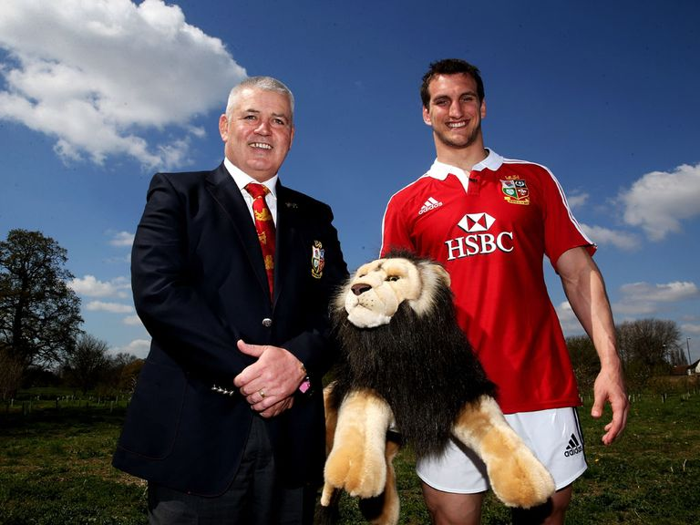 Warren Gatland with captain Sam Warburton