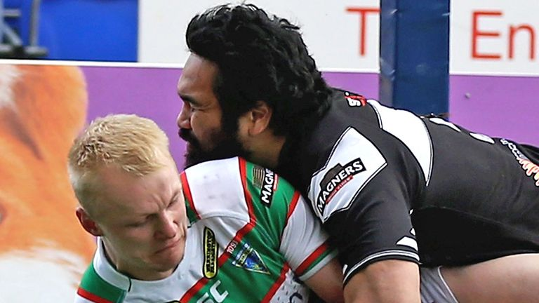 Patrick Ah Van (in action against Warrington): Signed two-year contract at Widnes