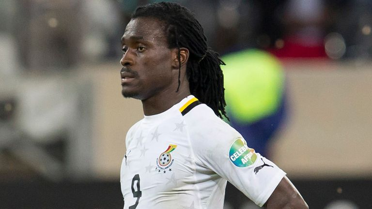 Derek Boateng: Ghana midfielder signs for Fulham
