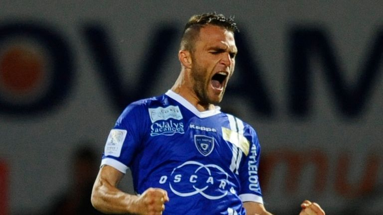 Julien Sable: Signed a new one-year deal with Bastia