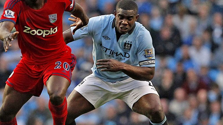 Micah Richards: Manchester City defender keen to stay at Etihad Stadium