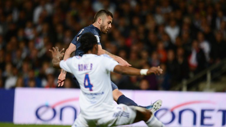 Jeremy Menez slots home PSG's winner