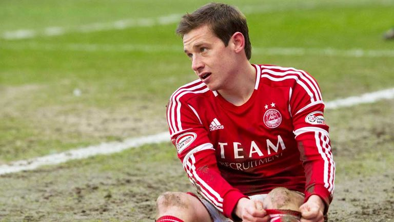 Peter Pawlett: Aberdeen midfielder accused of simulation in the match against Dundee