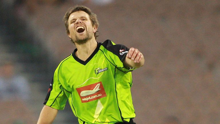 Dirk Nannes: In action for Sydney Thunder in the Big Bash League