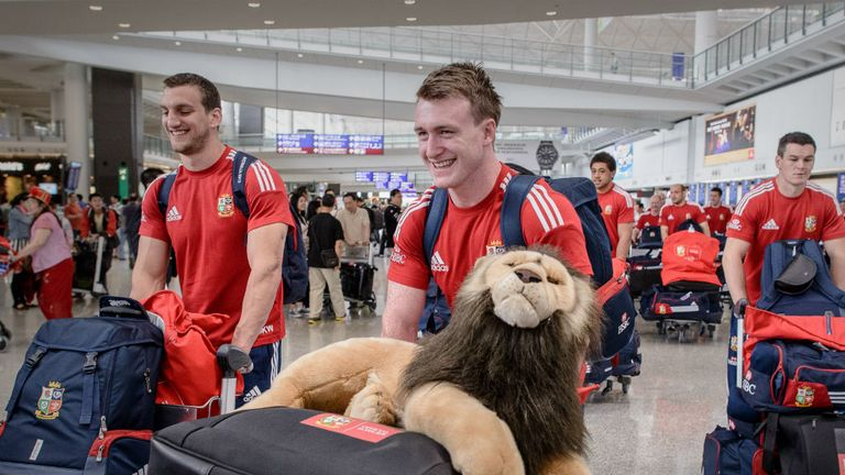 The Lions arrive in Hong Kong