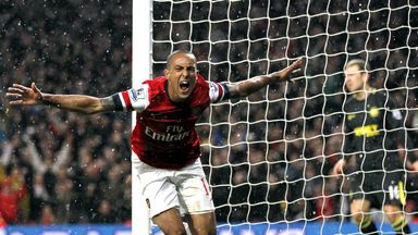 Theo Walcott: Arsenal forward has set his sights on a top-four finish
