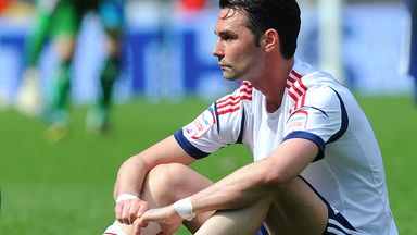 Chris Eagles: Former Bolton star hits back at Dougie Freedman