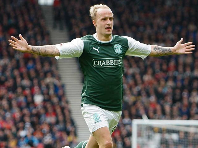 Leigh Griffiths celebrates for Hibernian