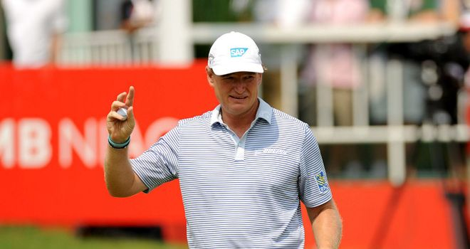 Ernie Els: Two birdies in the last three holes in Jakarta
