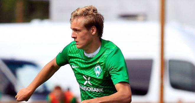 Felix Kroos: Toni's younger brother extends Bremen stay