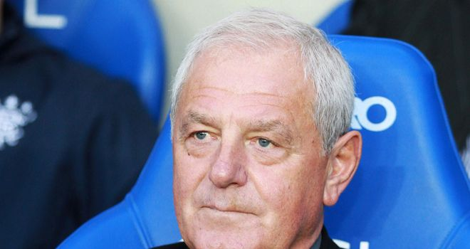Walter Smith: Quits Rangers role