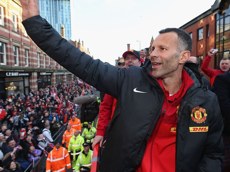 Giggs: Player-coach role at Manchester United