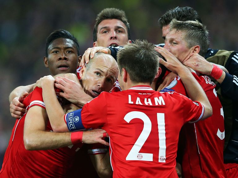 Bayern Munich celebrate Arjen Robben's winner at Wembley.