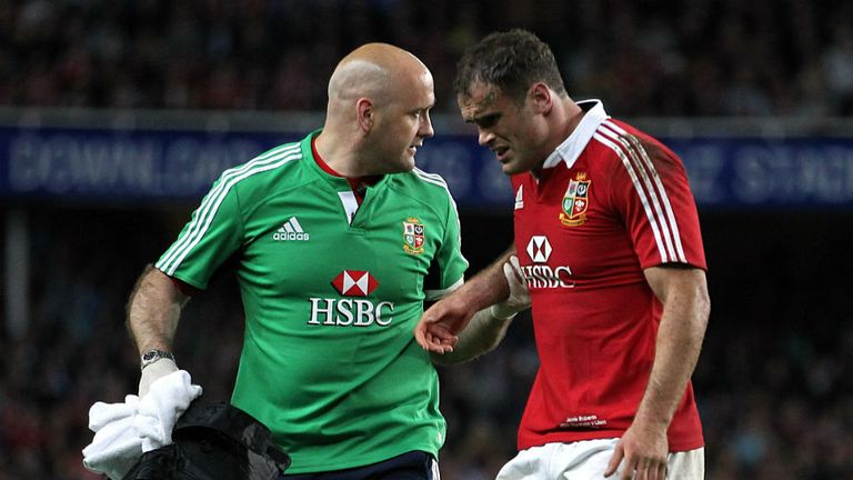 Jamie Roberts: Lions centre limps out of Waratahs clash