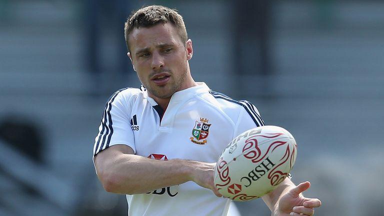Tommy Bowe: Hopeful Ireland colleague Rob Kearney can shake off a hamstring injury