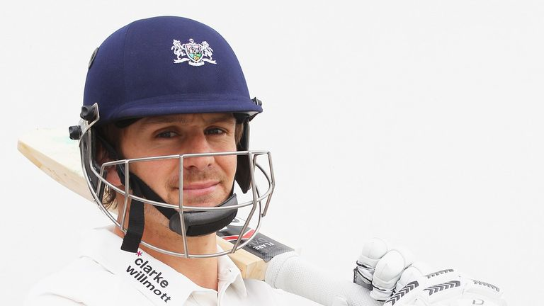 Alex Gidman: Sticking with Gloucestershire