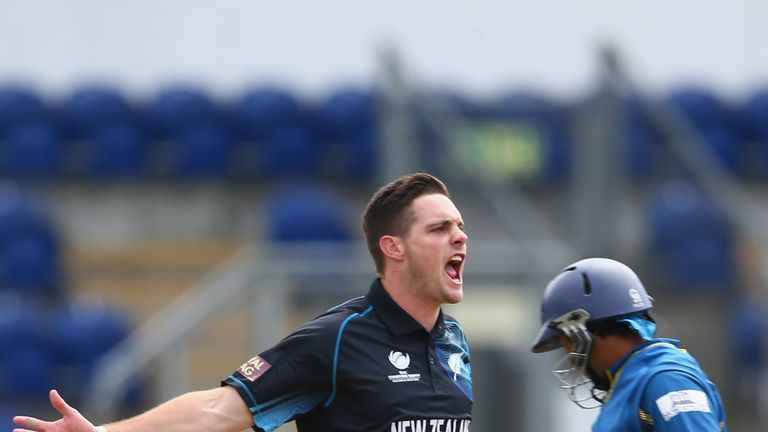 Mitchell McClenaghan: New Lancashire signing