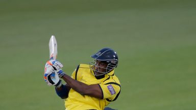 Michael Carberry hits 83 not out as Hampshire beat Kent