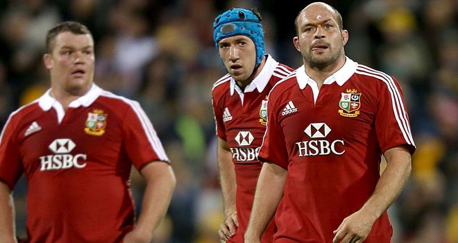 Dejected: Matt Stevens, Justin Tipuric and stand-in captain Rory Best