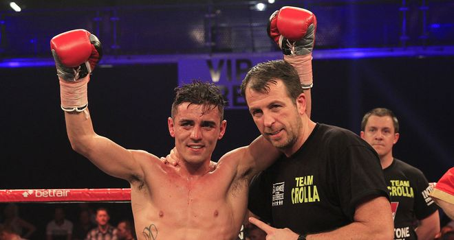 Anthony Crolla with trainer Joe Gallagher (Pic Lawrence Lustig)