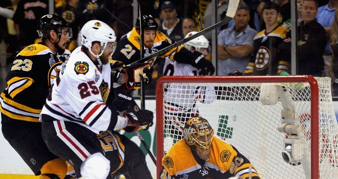 Tuukka Rask keeps the Blackhawks at bay